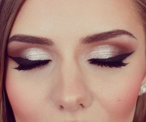 eye liner, gold, and eye shadow image