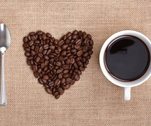 cafe, libros, and compañeros image