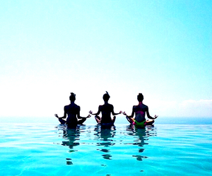 summer, best friends, and yoga image