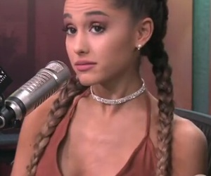 funny, laugh, and ariana image