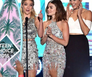 lucy hale, teen choice awards, and winners image