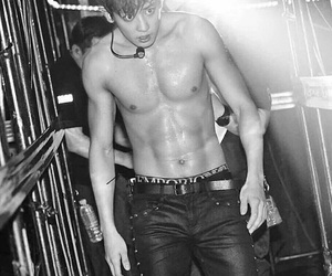 abs, k-pop, and park chanyeol image