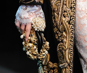 fashion, gold, and royal image