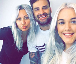 lottie tomlinson and one direction image