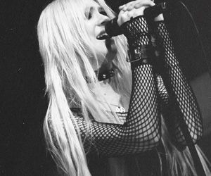 girl, Taylor Momsen, and the pretty reckless image