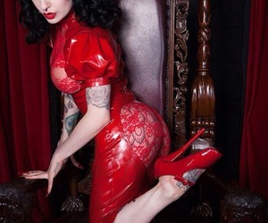 latex, Pin Up, and brunette image