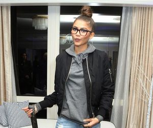 zendaya, style, and outfit image