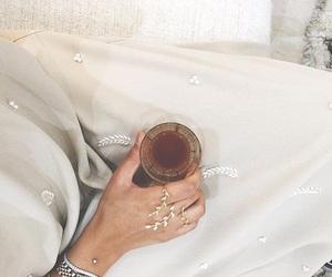arabian, modesty, and fashion image