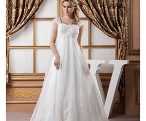 white wedding dress, dream wedding dress, and beautiful wedding dress image