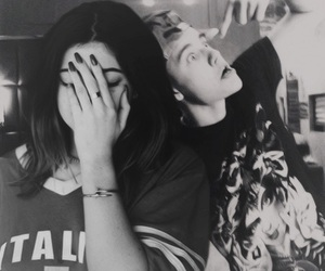 justin bieber, kylie jenner, and jylie image