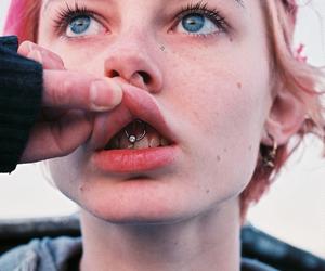 piercing, girl, and grunge image