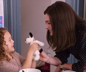 actress, Anne Hathaway, and the intern image