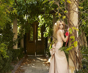 corrie bond and fashion photography image