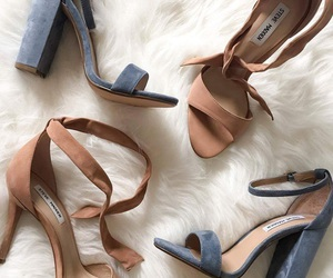 shoes and steve madden image