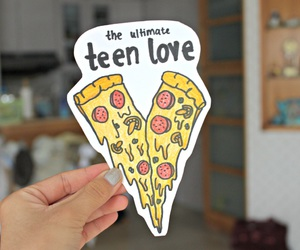 pizza, teen love, and tumblr image