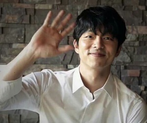 handsome, man, and gong yoo image