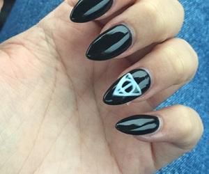 black, nails, and potter image