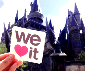 hogwarts, harry potter, and we heart it image