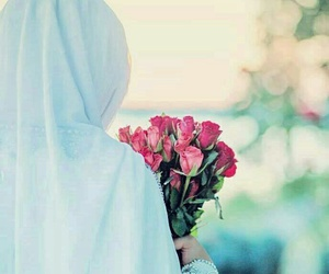 hijab, islam, and sisters image