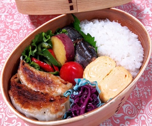 food, lunch box, and japanese food image