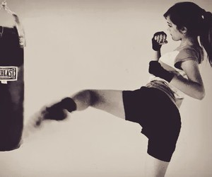 girl, boxe, and everlast image