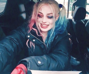 harley quinn, margot robbie, and theme image
