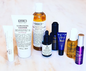 blogger, beauty products, and routines image