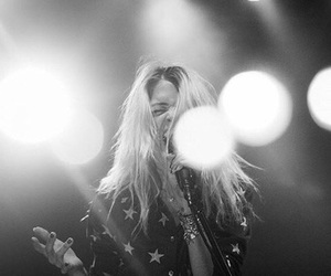 the dead weather, the kills, and alissn mosshart image