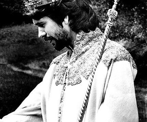 b&w, king of england, and history serial image