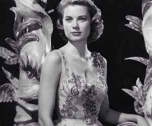 actress, b&w, and grace kelly image