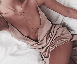 elegant, fashion, and bed image