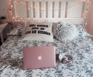 beats, pink, and bedroom image