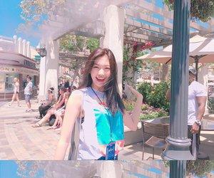 ioi, doyeon, and kim doyeon image