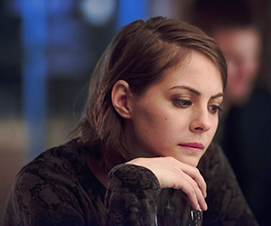 willa holland and arrow image
