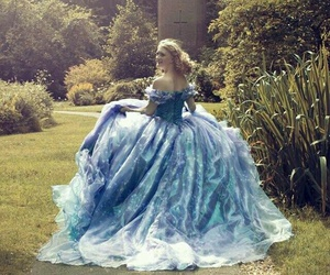 beautiful, dress, and garden image