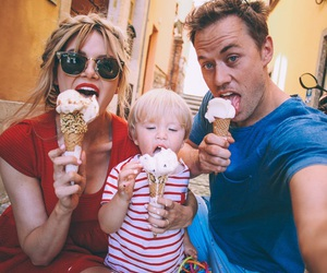 blonde, family, and ice cream image
