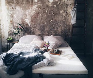 bed and bedroom image