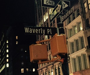 broadway and waverly place image