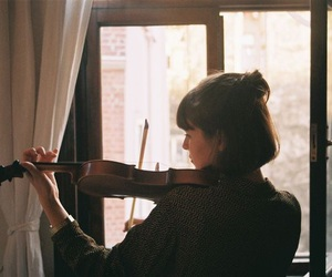 girl, music, and violin image