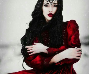 red, fantasy, and Queen image
