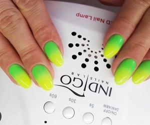green, yellow, and gelnails image