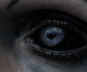 eye and dark image