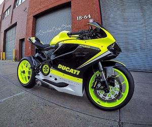 ducati, motorcycle, and motorrad image