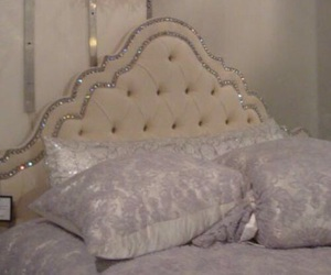 bed, princess, and vintage image