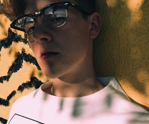 connor franta, aesthetic, and Connor image