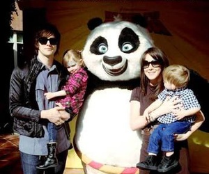 panic! at the disco, dallon weekes, and amelie weekes image