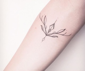 arm, geometric, and tatouage image