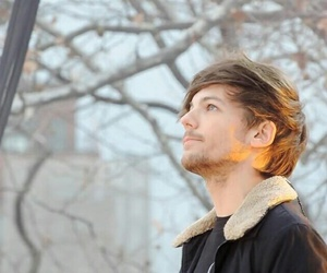louis tomlinson and one direction image