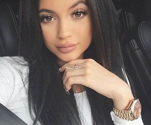 19, happy birthday, and kylie jenner image