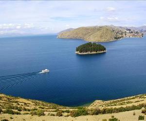 lake titicaca - peru image
